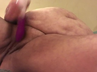 Plumper spraying from labia and ass fucking have fun