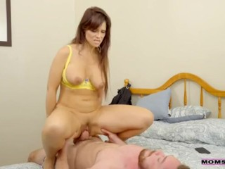 Slapped By My stepmother - total vid s://lyon.kim/Momfuck