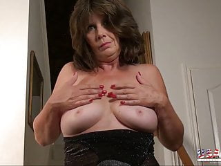 USAwives Compilation of hottest Mature photos