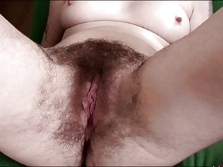 Cougar with unshaved coochie & Pits
