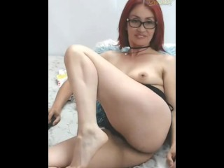 Glorious Latina cougar with glasses opens facehole and flashes soles