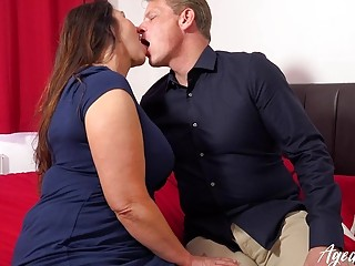 AgedLovE xxx Mature paramour Real Estate Broker