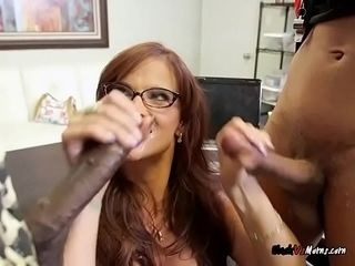 Red-hot cougar Syren De Mer sticks Her jaws With BBCs