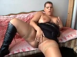 Horn-mad bbw wed masturbates on an obstacle top of an obstacle settee debilitating louring apparel