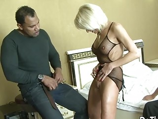 Big black cock rectally demolishes wifey Cathy Inez and Leaves a internal ejaculation for hotwifey spouse