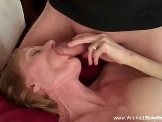First-timer GILF screws Her naughty Neighbor