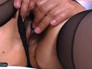 AgedLovE huge-boobed Mature got 2 penises to inhale Dry